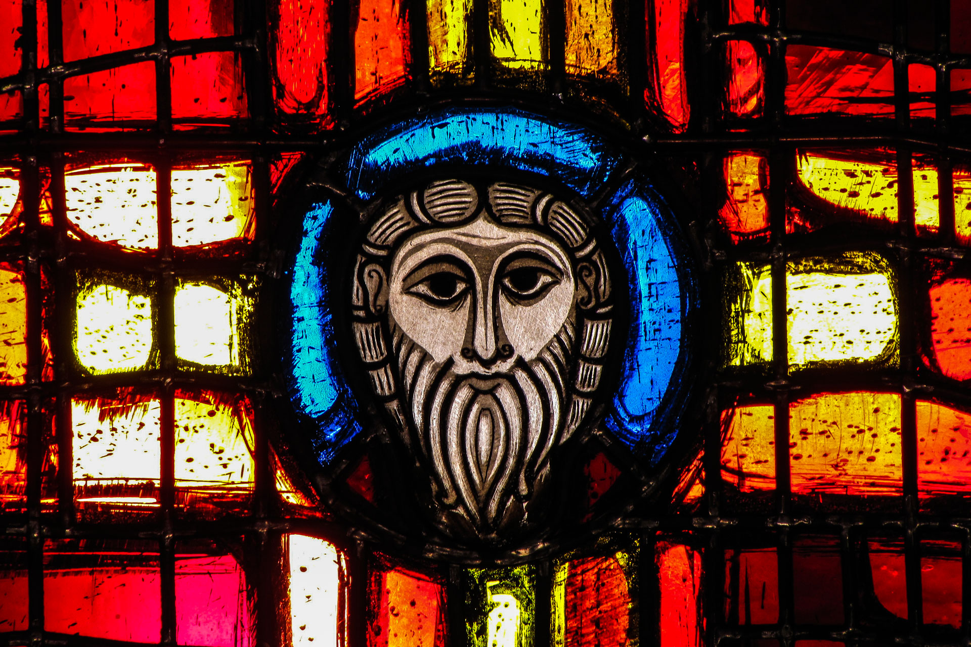 stained-glass-history-01_17m